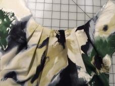 Neckline pleats